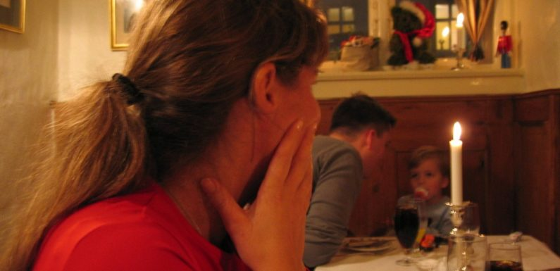 Co zrobić, gdy rodzice za bardzo wtrącają się do życia dorosłych dzieci?